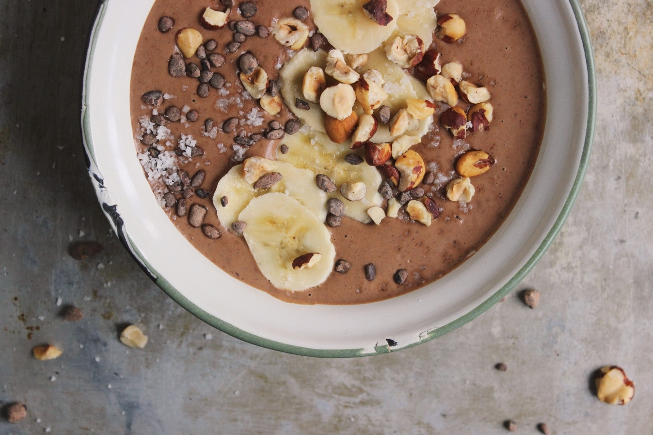big-files-chocolate-hazelnut-smoothie-bowl (5)