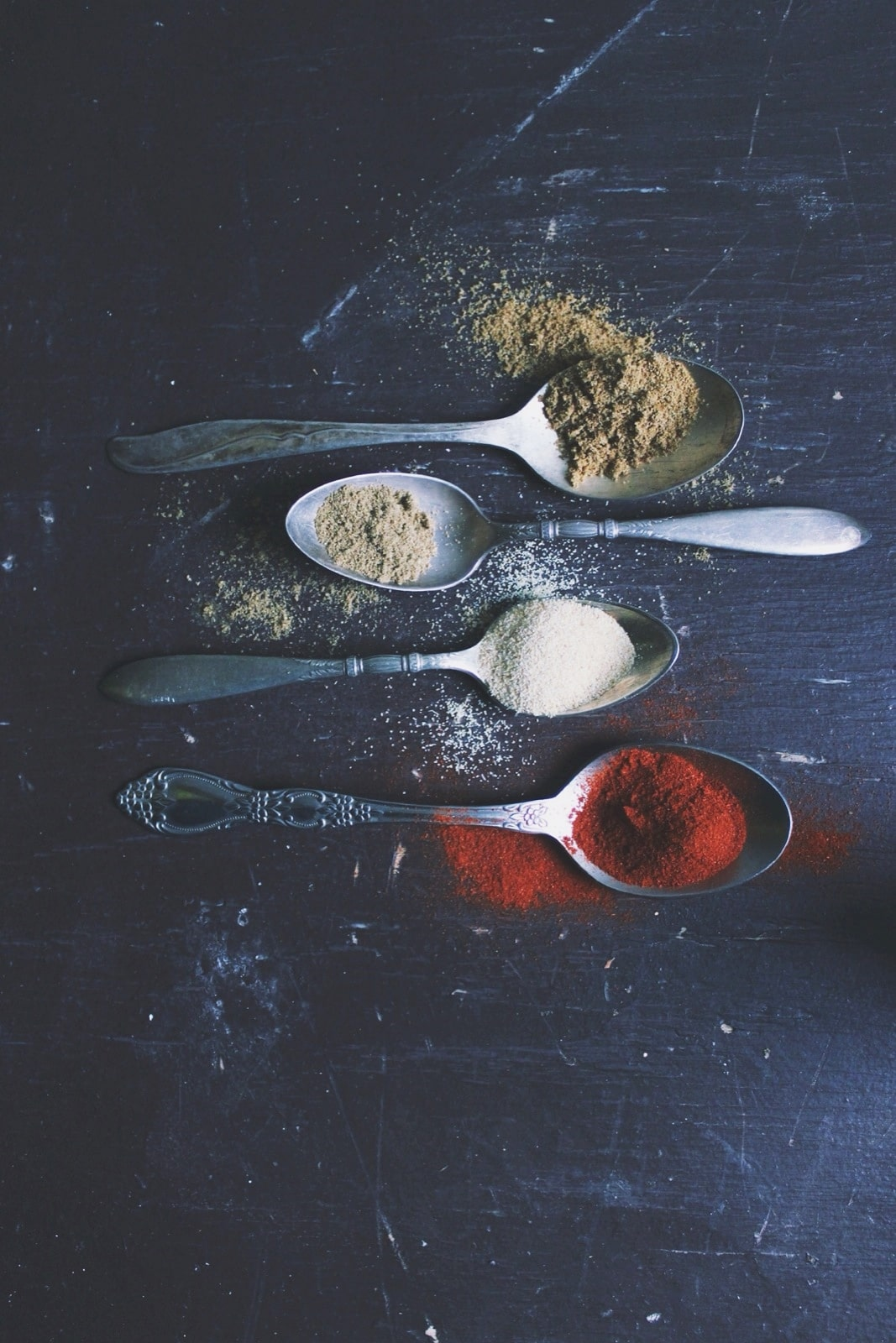 spices-on-spoons