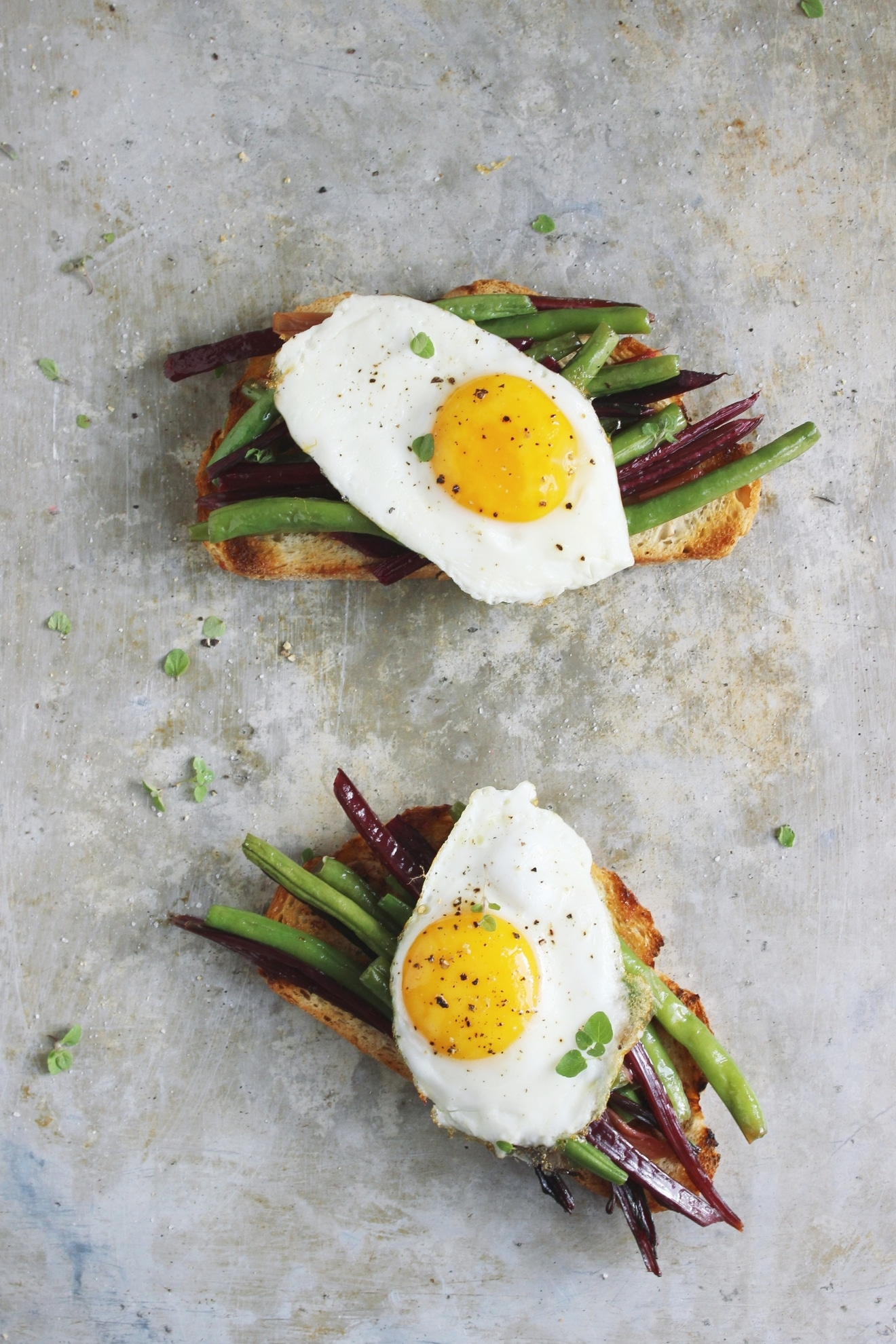 open-faced-egg-bean-sandwich (1)