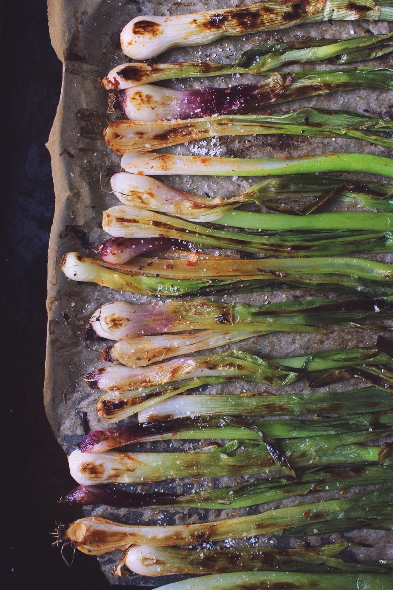 roasted-spring-onions
