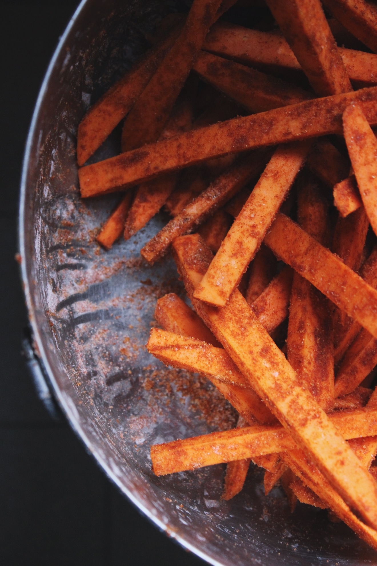 Crispy Baked Sweet Potato Fries | @withfoodandlove