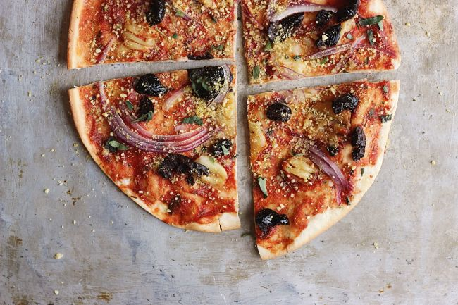 Oil-cured Black Olive + Smashed Garlic Pizza with Herby Oregano 'Parm' | @withfoodandlove