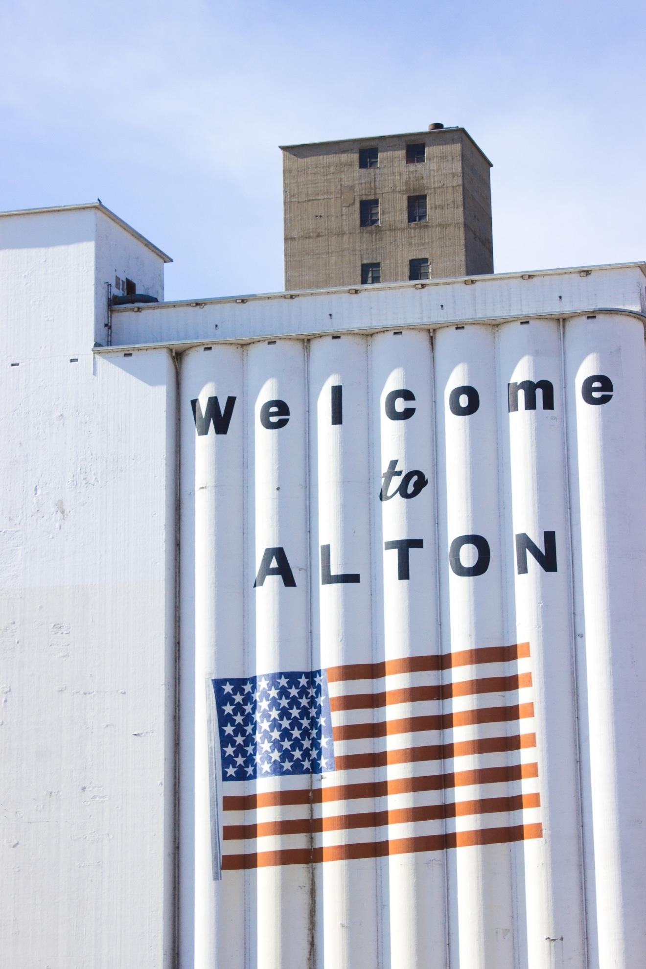 Alton, IL   @withfoodandlove