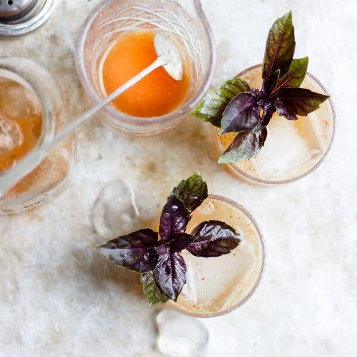 basil fig vodka smash cocktail