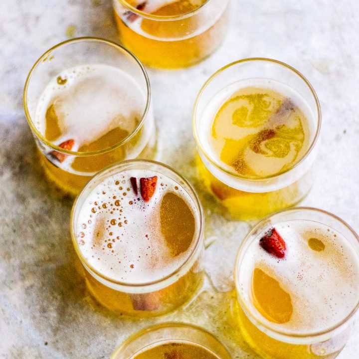 sparkling champagne turmeric cocktails