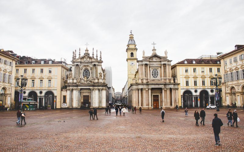 Exploring Turin + the art of the aperitivo!