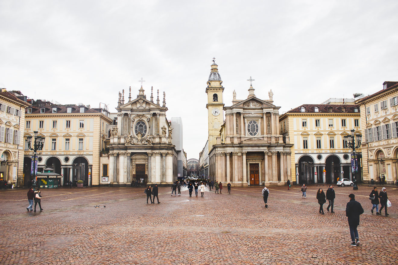 WHAT TO EAT AND DRINK AND DO IN TURIN ITALY
