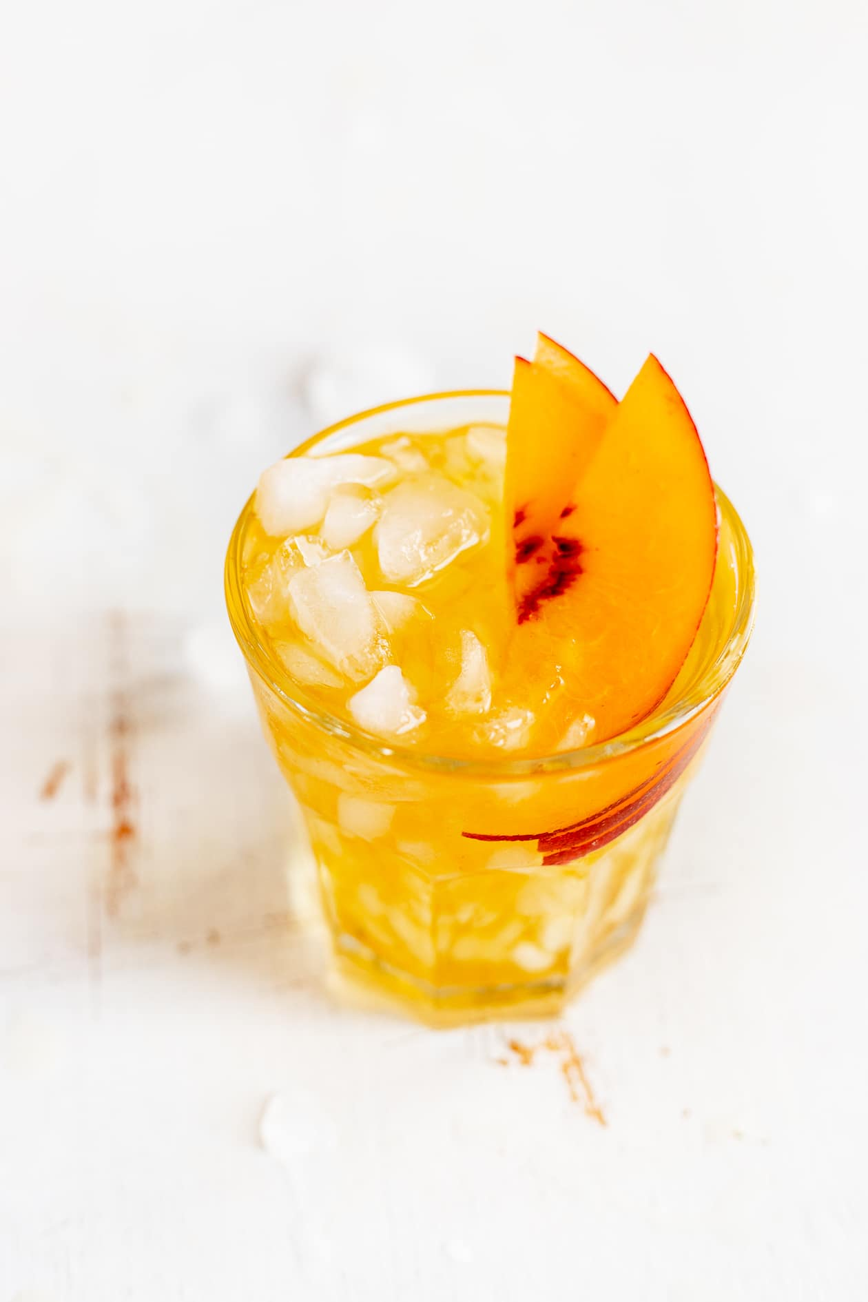 COLD BREW PEACH BLACK TEA SPRITZER