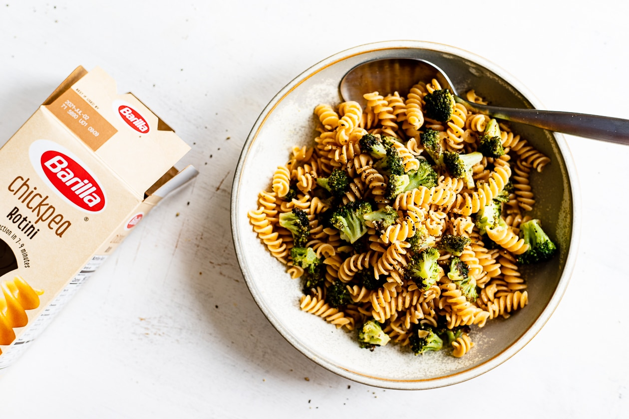 lemon pepper broccoli with barilla pasta